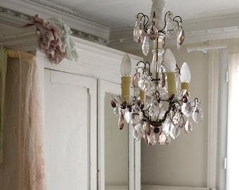 Beautiful Vintage French Cristal Chandelier / Shabby Boho