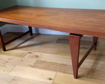 Mid century Danish Illum Wikkelso 'floating top' coffee table