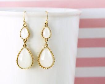 Ivory Tear Drop Earrings, Bridal Earrings, Bridesmaid Earrings,  Ivory  Earrings, Tear Drop Earrings, Prom Earrings-2033