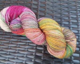 Hazy summer morning: 100g hand dyed merino/nylon sock yarn