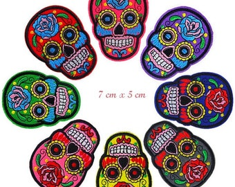 Patch embroidered patch fusible skull flower Mexican day of the dead calavera skull 7 cm