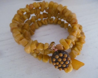 Butterscotch Jasper Chips Bracelet on memory wire, handcrafted lampwork bead and amber pieces price really reduced!
