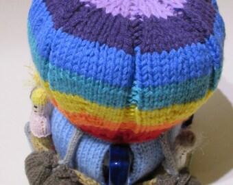 Rainbow Hot Air Balloon Tea Cosy Knitting Pattern