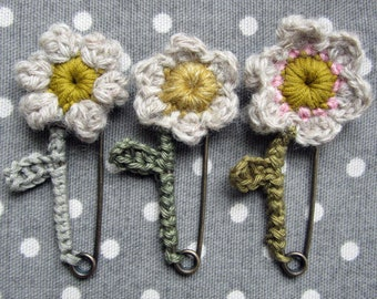 Flowery Pin Brooch