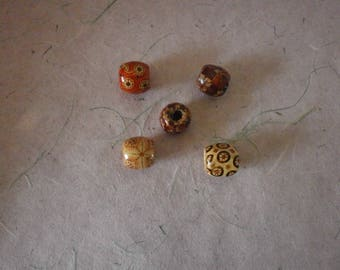 different wood patterns 17 x 16 mm barrel beads