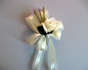 Bridal shower decoration, Ivory wedding bow, Gift for brides, Wedding shower bow, Gift decoration, Gift wrap bow, Floral bow, Gift bow