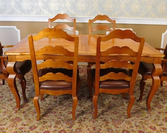 Ethan Allen Legacy Collection Dining Room Table 2 Leaves w/ 6 Chairs