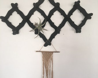 Vintage Accordion Wall Rack, Wood Expandable Hat Rack, Matte Black wall cup holder