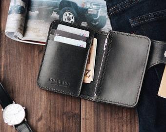 No. 77 Vertical Snap Wallet