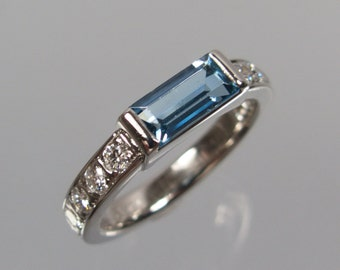 Aquamarin ring 750 white gold, 0,40 ct brilliant 1A quality River/flawless