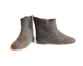 Wool ankle Boots for Women, house Shoes Wool boots Felt Slipper boots, Boiled wool slippers, Valenki Boots Gray Womens gift slippers for Her