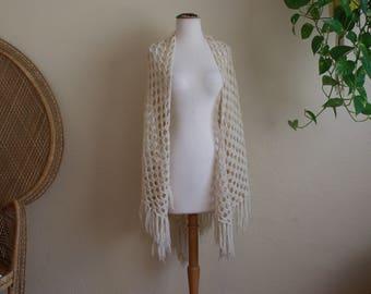 Vintage cream crochet fringe shawl
