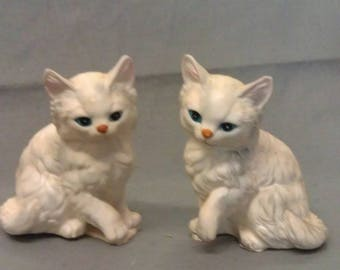 Off White Beige Cats with Pink Ears Tan Nose and Blue Eyes Cat Figurines
