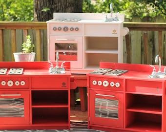 Kid's Play Kitchen