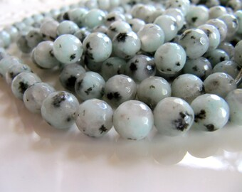 Faceted Sesame JASPER Beads in Mint Green, White with Black Dots, 7mm to 8mm, 1 Strand 15 Inches, Approx 46 Pieces