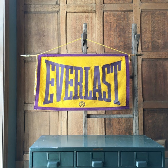 Vintage Everlast Banner, ORIGINAL 1930s Everlast Boxing Felt Banner, Sports Decor, Sports Nursery, Crossfit, Boxing Banner, MMA