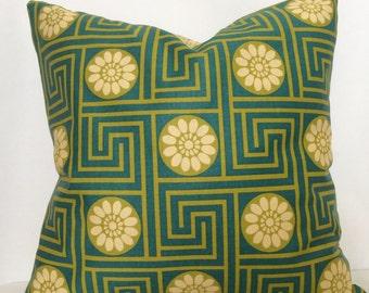 St. Partick's Day Pillow, Kelly Green Pillow Cover, Geometric Design Pillow,18x18