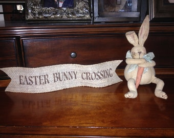 Primitive Easter Bunny Crossing Wired Burlap Ribbon Banner Ornament Garland