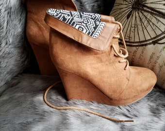 A Shade of Suede-tan wedges