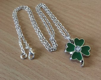 Four Leaf Clover Necklace, Lucky Charm Necklace, Green Clover Necklace, Four Leaf Clover Jewelry, 4 Leaf Clover Necklace