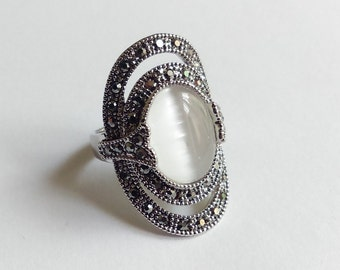 Boho opal ring - Large gypsy ring - Silver ring - Cat eye ring - Ethnic ring - Boho hippie gypsy
