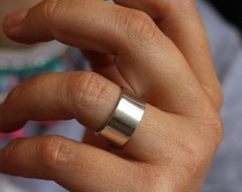 Wide sterling silver ring.Wide band.Wide ring.Adjustable ring.Silver band.
