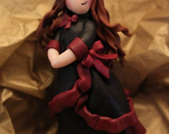 Doll magnet from the Victorian era in Fimo