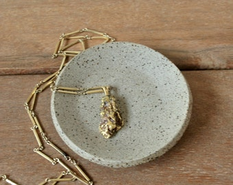 Ceramic Ring Holder Dish, Clay Jewelry Dish, Perfect Gift for Mom, Ceramic Trinket Dish, Wedding Ring Bowl, Small Ceramic Dish, Gift for her