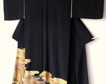 Japanese Vintage Tomesode Black Silk Kimono M258