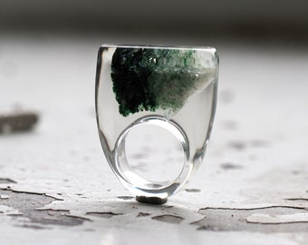 Clear Resin Ring with Green Mineral, Resin Ring, Resin Jewelry, Botanical Jewelry