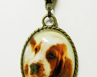 Basset hound puppy pendant with chain - DAP09-054