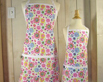 Peace Daisy Mommy and Me Apron Set - Toddler Apron size - Reversible Apron Set, matching aprons, full aprons
