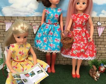 Garden party dress for 70s/80s Sindy, Petra von Plasty, Action Girl, standard modern Barbie. ( Adult collectors.)