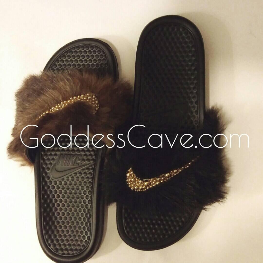 fdd5c30df09e furry slippers nike Sale