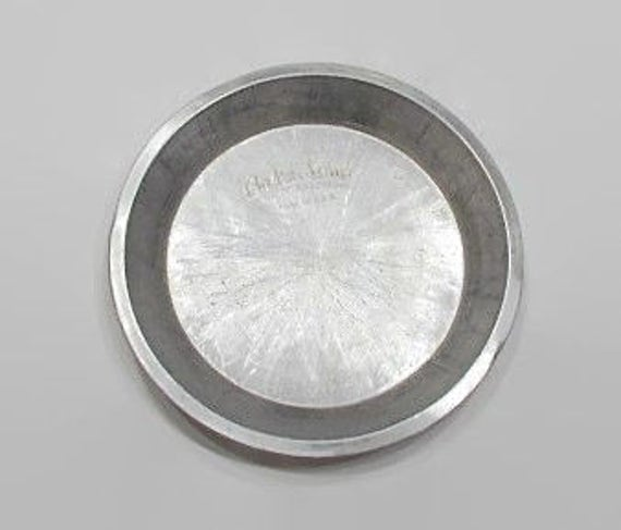 Bake King Pie Plate Round Aluminum Pie Pan Plate Vintage Kitchen Bakeware from VintageEtcEtc on Etsy Studio & Bake King Pie Plate Round Aluminum Pie Pan Plate Vintage Kitchen ...