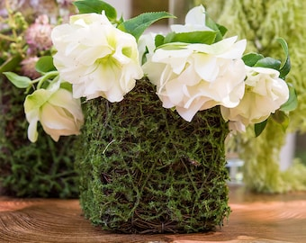 24 Mini Party Favor Planters Faux Moss and Wicker Mini Favor Containers to Create Your own Party Favors for Weddings, Showers and Events