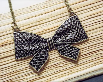 Bronze Bow Necklace