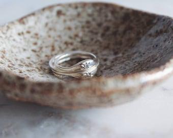 NEW// Horizon Ring with Moissanite