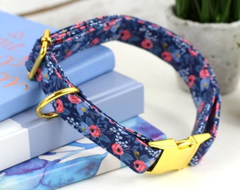 Dog Collar - Les Fleurs Rosa - Navy/Pink Floral Print Collar - Fabric Dog Collar - Cotton + Steel Rifle Paper Company - Yellow Gold Hardware