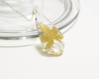 Real leaf necklace, real pressed leaf necklace, leaf pendant necklace, nature jewelry, plant necklace, plant jewelry, nature inspired gift