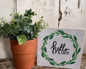 Hello Spring Mini Wood Sign