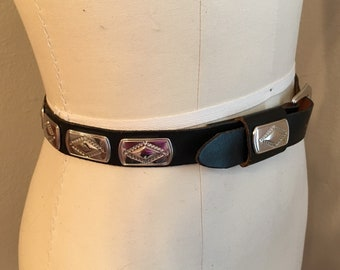 80's Vintage Western Concho Belt in Black and Silver Extra-small/ Small