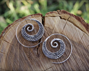 Small Spiral Hoop Earrings. Silver plated. Tribal Spiral Earrings. Spiral earrings Ethnic style. Tribal earrings. Boho Jewelry. Ethnic style