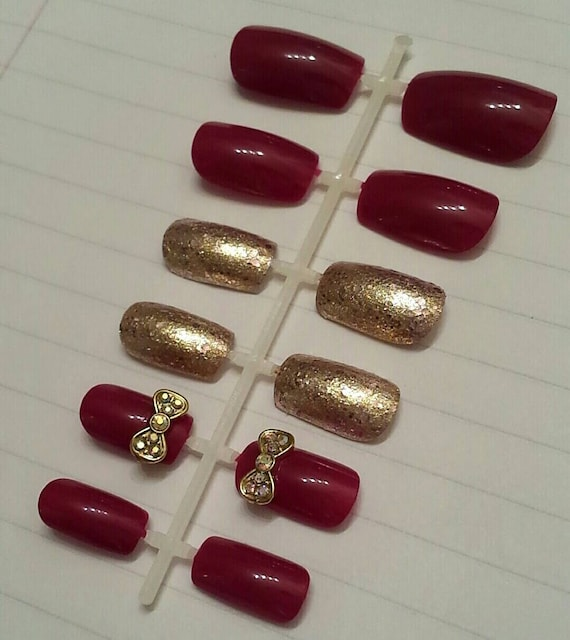 Items similar to Glue On Fake Nails, Maroon & Gold Sparkle, Nail ...