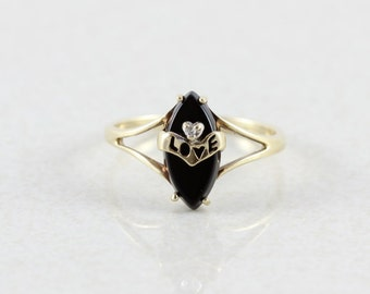 10k Yellow Gold Onyx and Diamond Ring Size 7 1/2 Love Ring