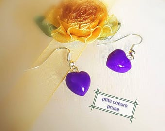 Hearts of plum colored 3D mounted on dangling earrings