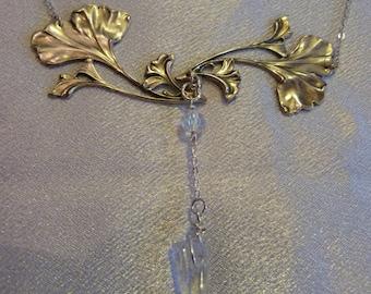 Collection * Alphonse MUCHA *, Cascade necklace * Ginkgo *.