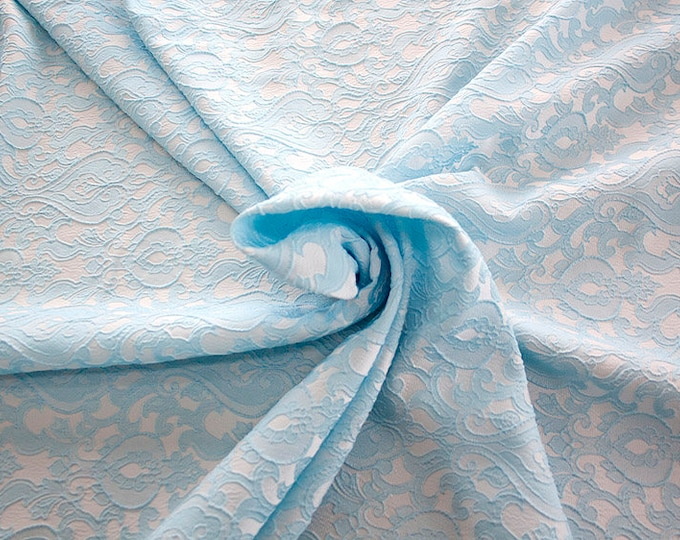 990071-144 Brocade-95% PL, 5 PA, 130 cm wide, manufactured in Italy, dry cleaning, weight 205 gr, price 1 meter: 52.94 Euros