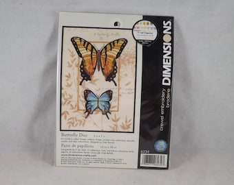 Butterfly Duo Crewel Embroidery Kit - Dimensions