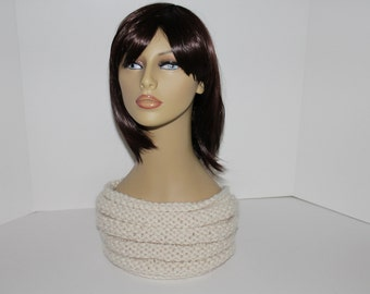 Ivory Hand Knitted Cowl, Winter White Knit Cowl, Ivory Scarf Neck Warmer, Ivory Neck Warmer, Winter White Beehive Cowl, Chunky Knit Cowl